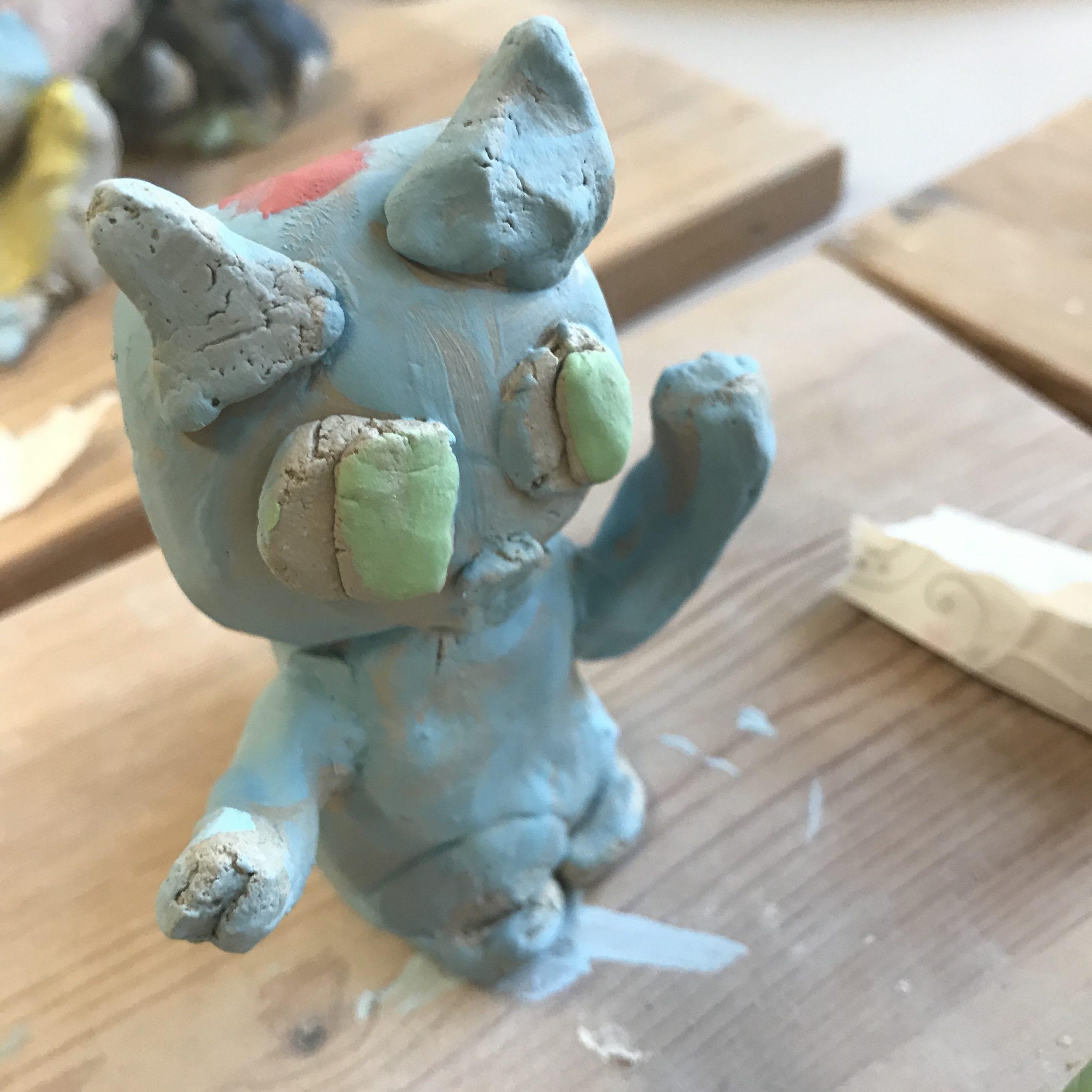 cours poterie enfant figurine chat